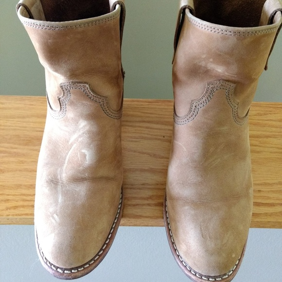 ebaad4c455c Red Wing Honey Chinook Leather Boots
